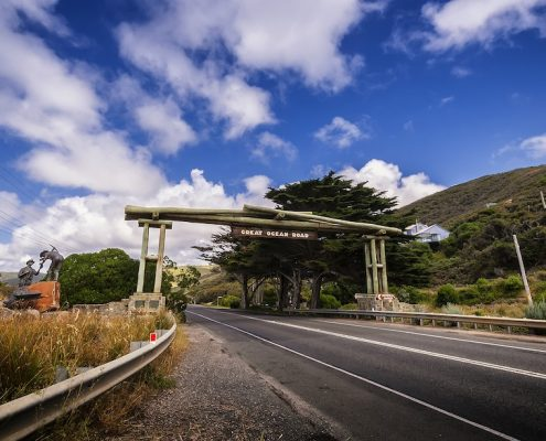 the-memorial-arch-on-great-ocean-road