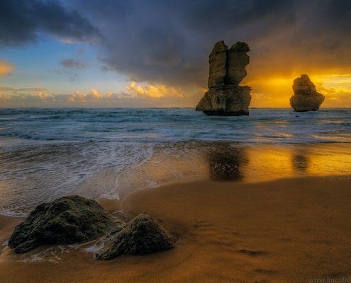 warm-sunset-12-apostles